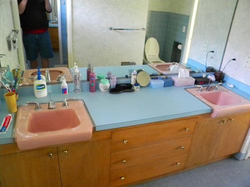 Need Help With Pink Blue Bathroom