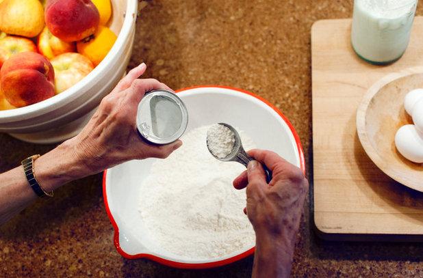 Résultats de recherche d'images pour «https://www.houzz.com/ideabooks/78118091/list/holiday-recipe-warm-up-the-kitchen-with-danish-aebleskiver»
