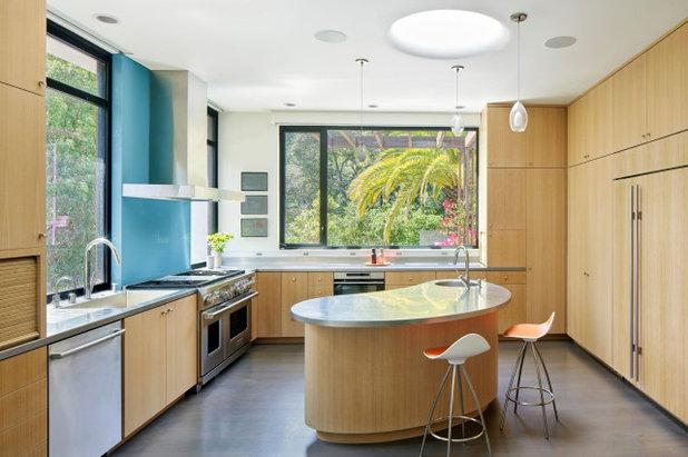 Современный Кухня by All Weather Architectural Aluminum