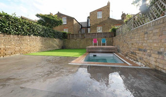 Clapham back garden Pool