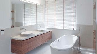 Beispiel Innenarchitektur eines EFHs, Bad, Pool, Treppe