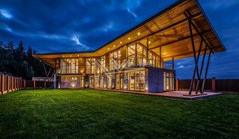 Дом из натуральных материалов в стиле хай-тек