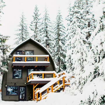 THE BOW ROOF CABIN