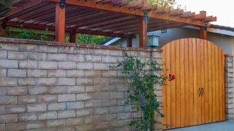 Custom-made Pergola & Concrete Stain