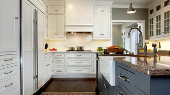 Kitchen Cabinet by Showplace Wood products