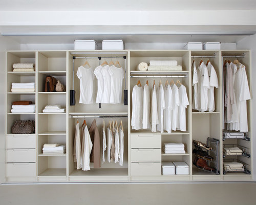 Wardrobe interior design houzz for Wardrobe interior designs catalogue
