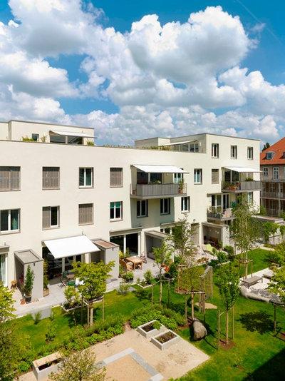 Classique Façade by Architekturbuero Klaus Zeller