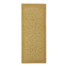Mohawk Home Wellington Gold, 2'x5'