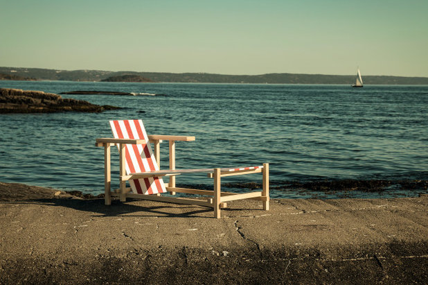 Garten Red & White Sunlounger - Edvin Klasson