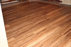 Do You Regret Woodlook Vinyl Planks - Does vinyl flooring look cheap