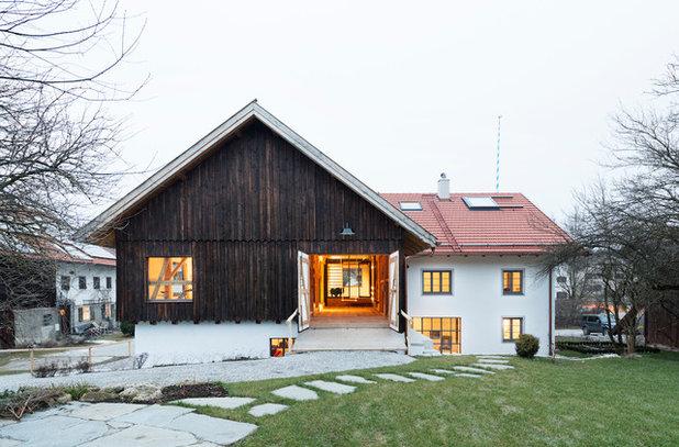 Ein Altes Bauernhaus Zwischen Tradition Und Moderne