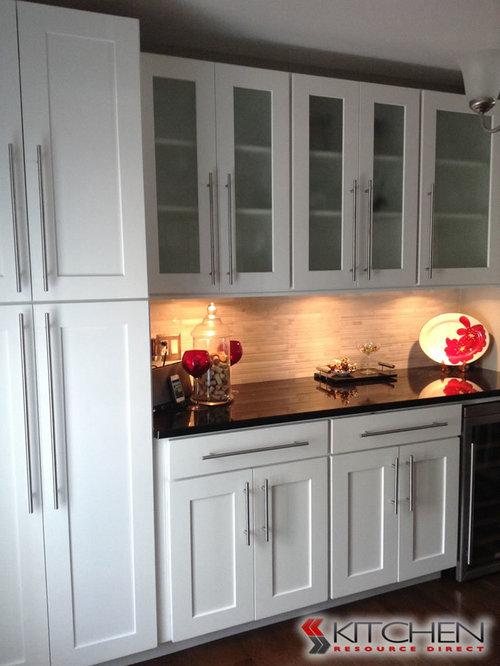 Deerfield Shaker Cabinets
