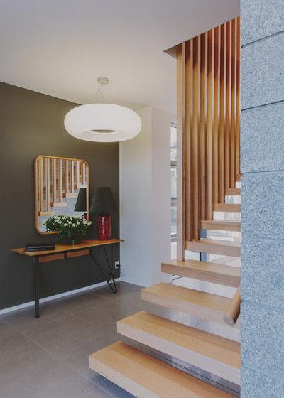 Contemporary  by Kerryn Dunshea Interior Design