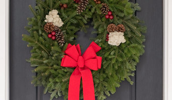Fresh Classic Christmas Wreaths