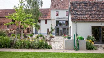 Wohnhaus und Gartenhaus