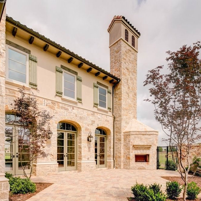 Tuscan with Front Courtyard