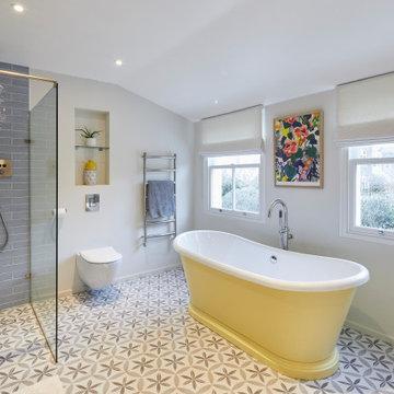 Colourful Bathroom - Barnes