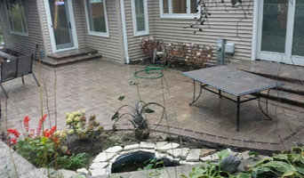 Paver Patio with Water Feature - Lombard