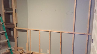 Headboard accent wall: Before