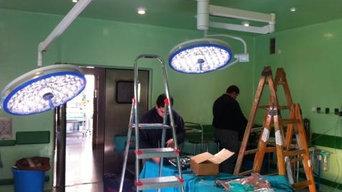 INSTALACION LAMPARAS DE QUIROFANO EN HOSPITAL CARLOS HAYA(MALAGA)