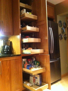 Pantry Cabinets Pull Out Drawers Or Shelves