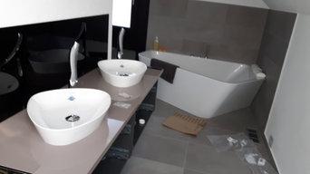 Waschtisch Kombination und Eckbadewanne