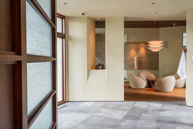 Contemporary  by Envi Interior Design Studio