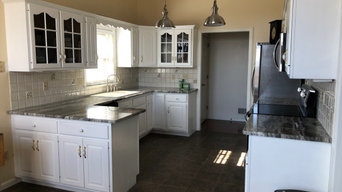 Kitchen Cabinets:  From Oak to Bright White