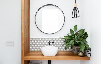 Picture Perfect: 28 Bathrooms Where Timber Works Well