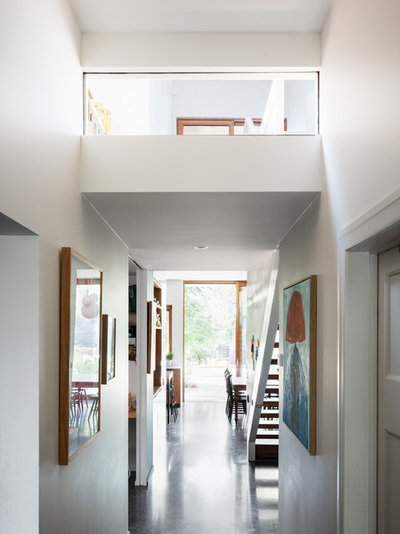 Contemporary  by Gardiner Architects