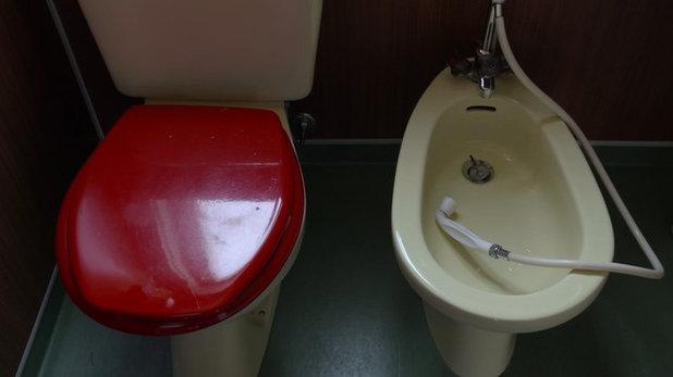 26cfe328 Før og efter: Ellen fik nok af forældrenes gamle badeværelse