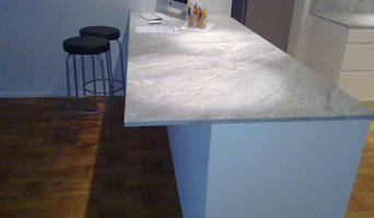 Carrara marble countertops installation