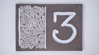 Hausnummern aus Keramik