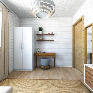 Ispirazione per una cameretta per bambini nordica di medie dimensioni con pareti bianche, pavimento in laminato, pavimento marrone, soffitto in perlinato e pareti in perlinato