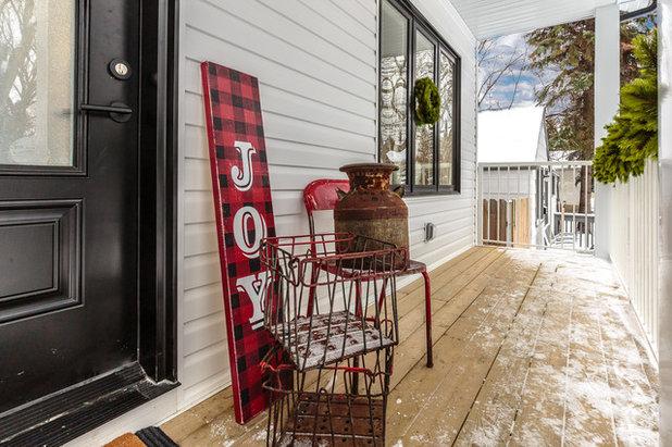 Farmhouse  by Spruce Homes