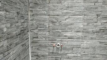 Bathroom installation with 3D cladding