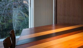 S邸のテーブル