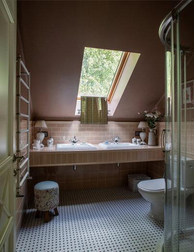Неоклассика Ванная комната Дальние дачи