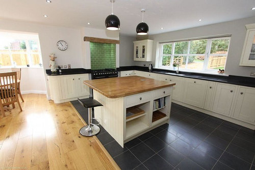 Views On Changing Floor Types In Kitchen / Diner (see Pics