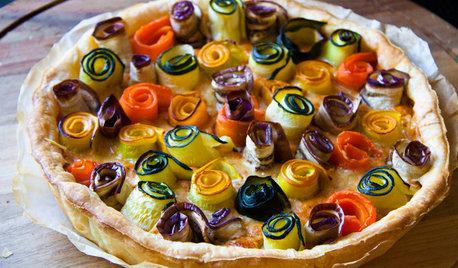 Рецепт: Овощной пирог с цветами из баклажанов и кабачков