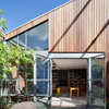 Houzz Tour: A Heritage Warehouse Conversion Entertains With Art