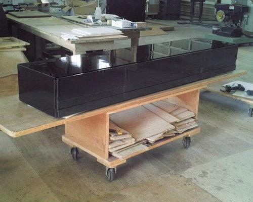 フロートテレビボードの完成 - リビング家具