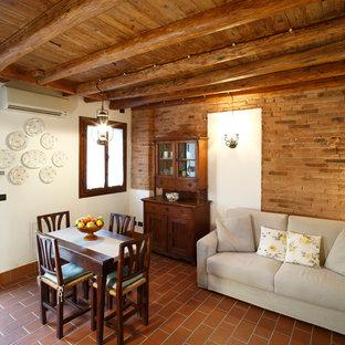 Diseño de diseño residencial de estilo de casa de campo pequeño