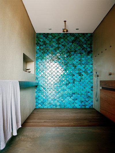 Beach Style  by Sarah Davison Interior Design