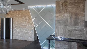 Интерьерная перегородка из стекла со светодиодной подсветкой