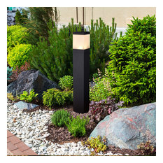 "32"" Modern Low-Voltage 10-Watt Integrated LED Outdoor Bollard, Matt Black"