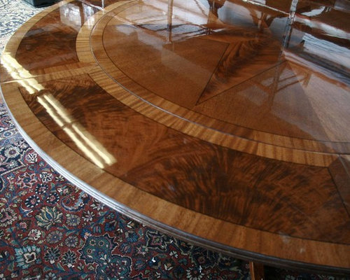Round Mahogany Pedestal Dining Table With Expandable Perimeter (AP 11 X NP)