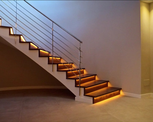 Escalera con luces led y barandilla de acero inoxidable - Escaleras con led ...