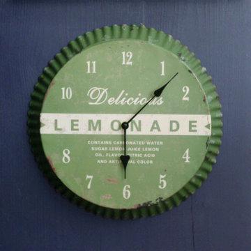 Vintage Lemonade Clock