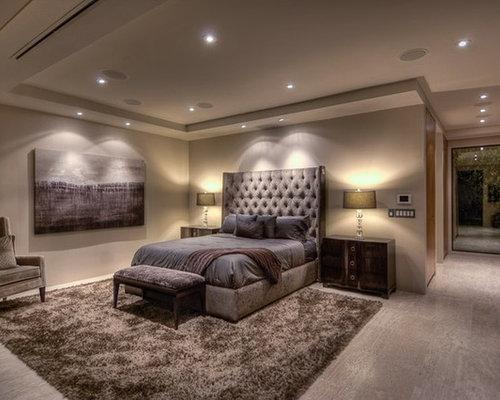 Chambre avec un sol en calcaire et un mur beige : Photos et idées ...